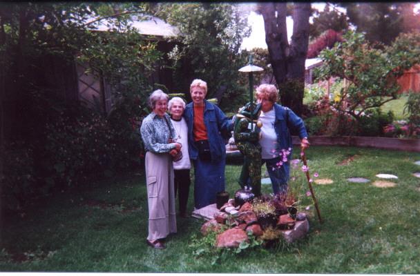 Marilyn, Hazel, Meredith,  & Marilyn Sackariason at the Elk Garden.